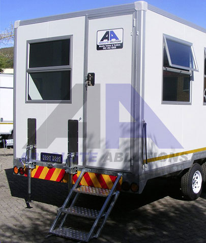 Large mobile site office for various applications. 220V power connection, distribution board wired to plugs, lights and air conditioning
